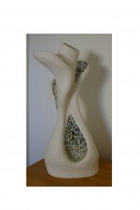 sensualité sculpture abstraite corps de femme moulage platre maquette terre argile ajout tesselles pâte de verre par artiste beaux arts severine peugniez