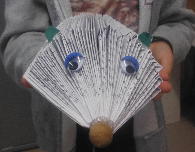 Uvres des enfants mimi vermicelle cours art plastique - Herisson en papier ...